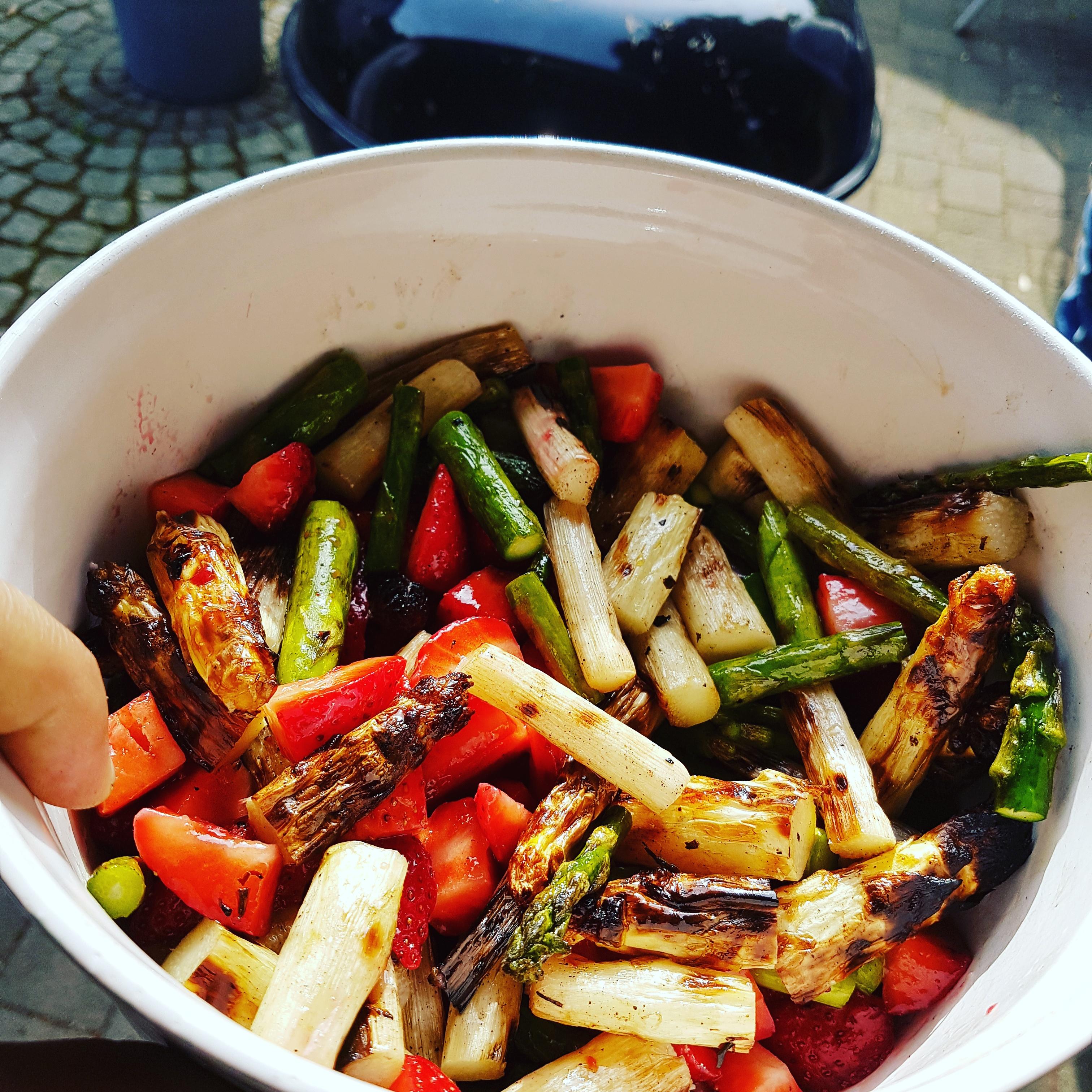 Erdbeer - Spargel - Salat